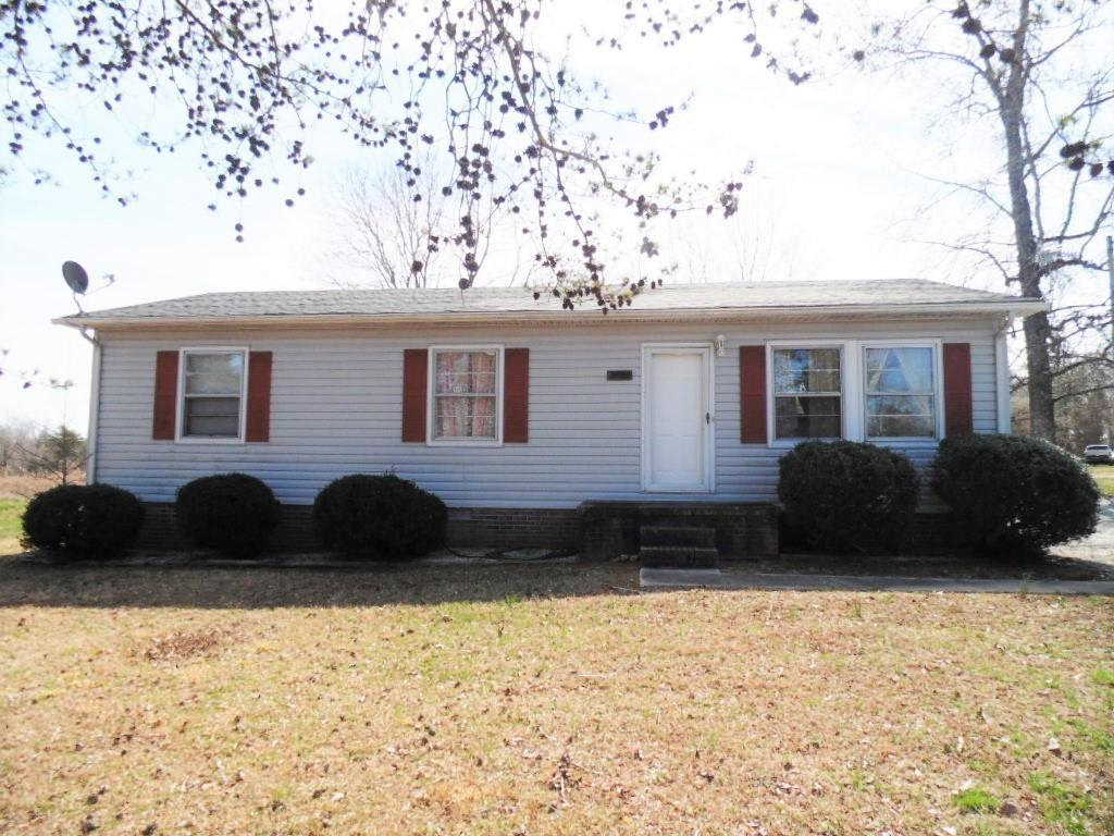 Photo of home for sale at 2436 Nc Highway 49, Porspect Hill NC