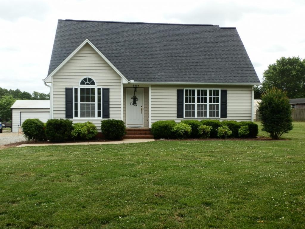 Photo of home for sale at 6404 Nc Hwy 61, Gibsonville NC