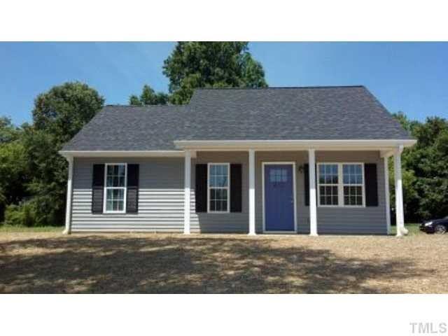 Photo of home for sale at 402 Jeffries Street, Burlington NC
