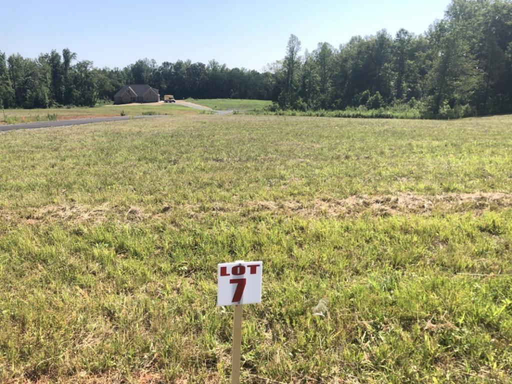 Photo of home for sale at 3165 Burch Bridge Road, Burlington NC