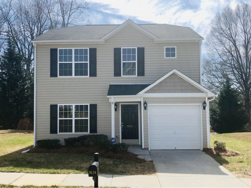 Photo of home for sale at 5131 Liberty Hall, Winston Salem NC