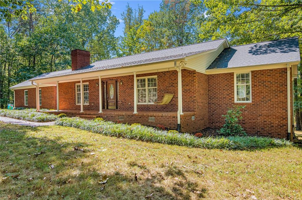 Photo of home for sale at 4139 High Rock Road, Gibsonville NC