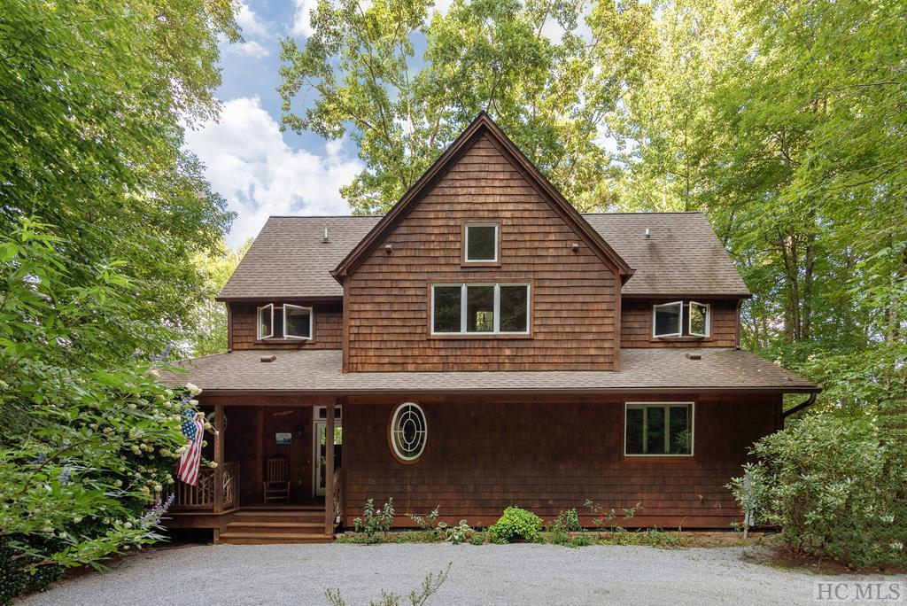 Photo of home for sale at 235 Via Del Lago, Cullowhee NC