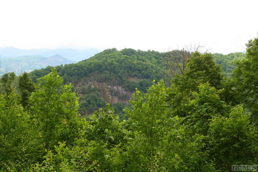 Photo of home for sale at 350 Ridgemont Road, Glenville NC