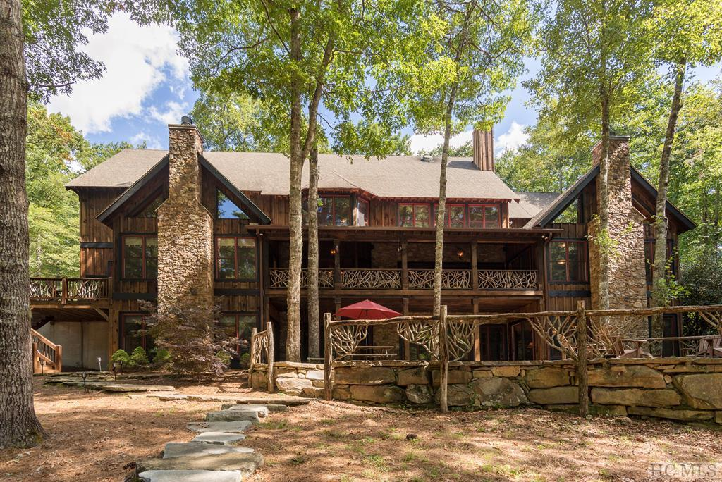 Photo of home for sale at 1053 Bald Rock Drive East, Sapphire NC