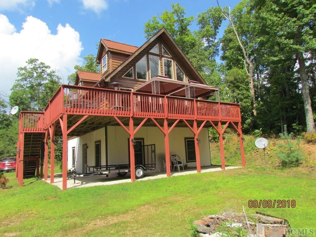 Photo of home for sale at 1477 North Robinson Creek Road, Glenville NC