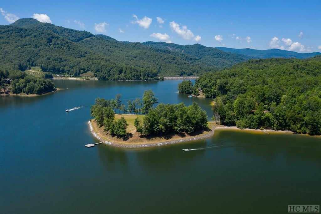 Photo of home for sale at 566 Bear  Lake Road, Tuckasegee NC