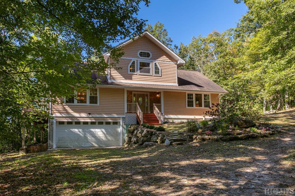Photo of home for sale at 305 Pilot Knob Road, Glenville NC
