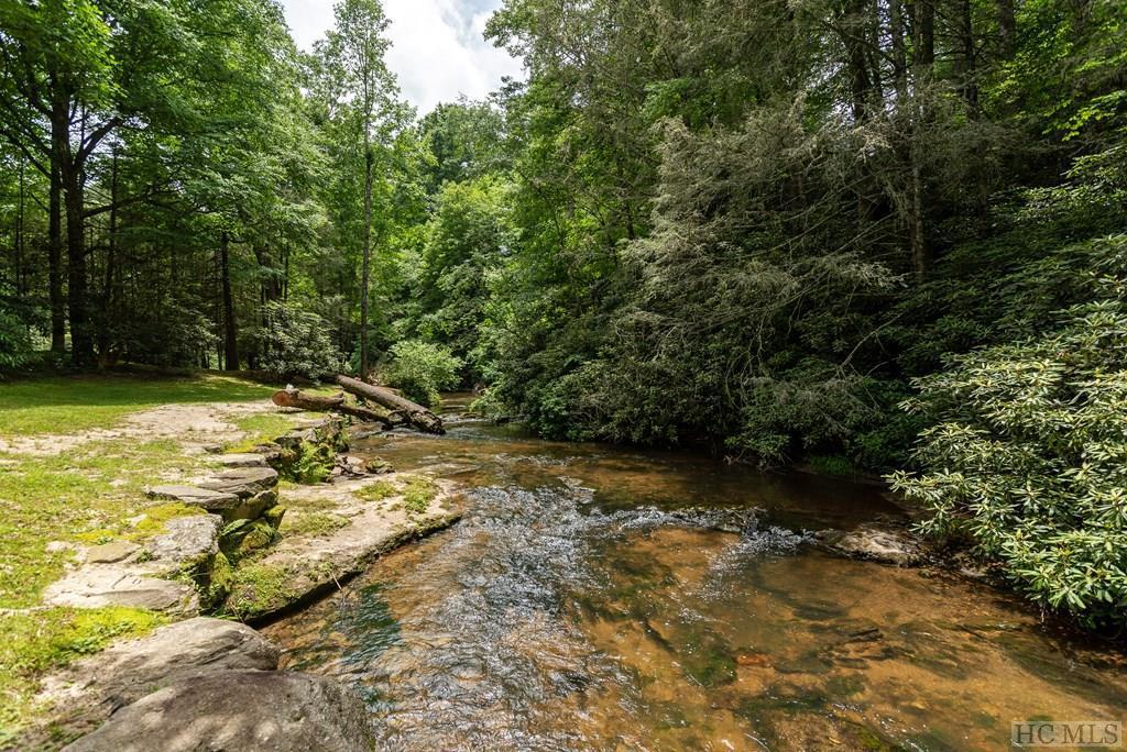 Photo of home for sale at 3301 North Norton Road, Cullowhee NC
