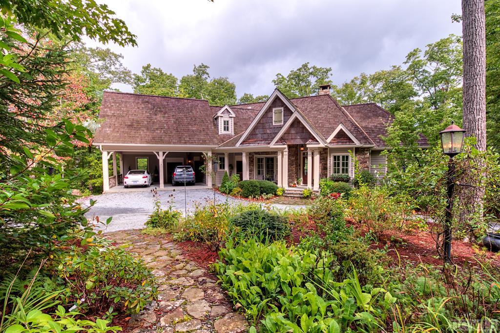Photo of home for sale at 350 Cherokee Views, Cashiers NC