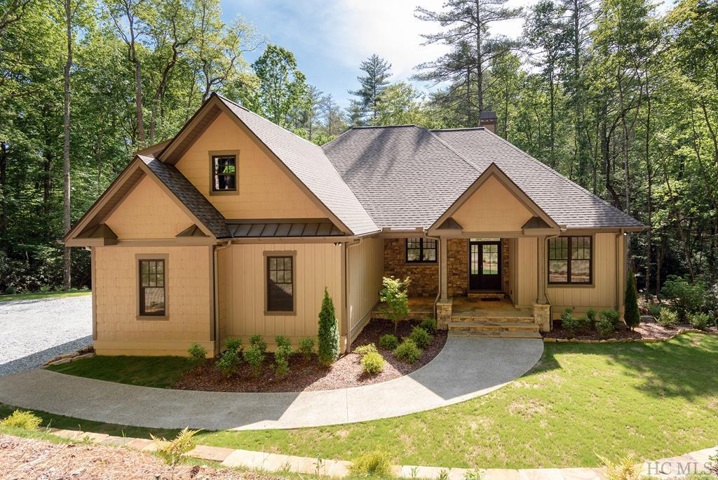 Photo of home for sale at 11 Brook Trout Trail, Cashiers NC