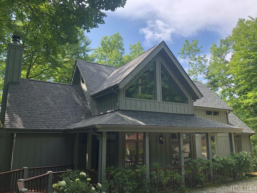 Photo of home for sale at 357 Wandering Ridge, Cashiers NC