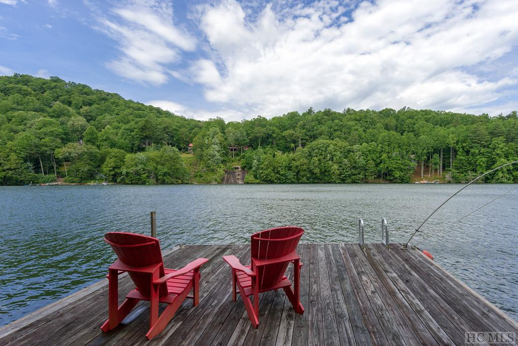 Photo of home for sale at 361 White Squirrel Trail, Glenville NC