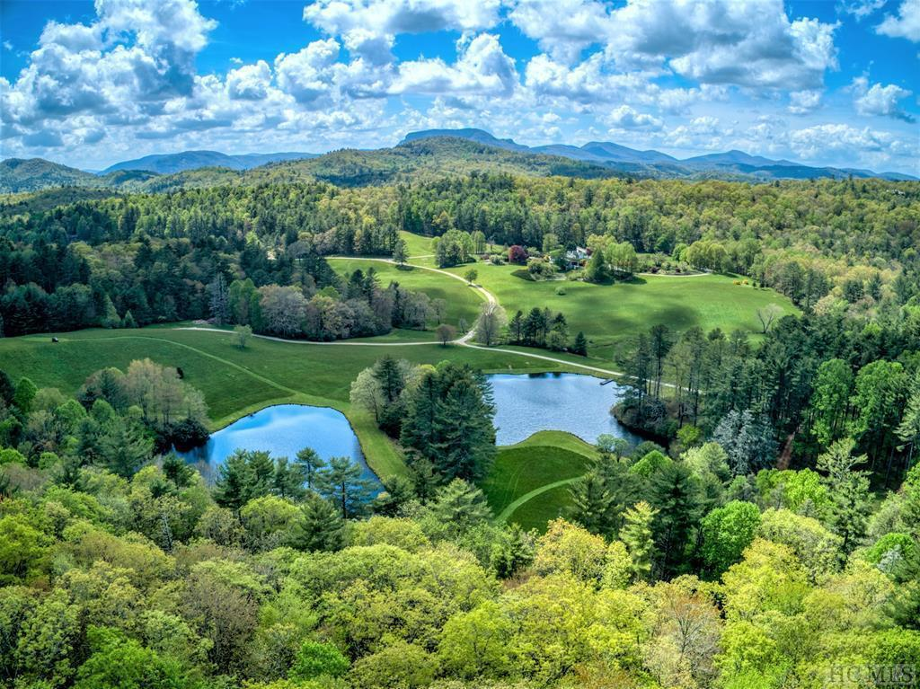 Photo of home for sale at CR-4 Silver Run Road, Cashiers NC