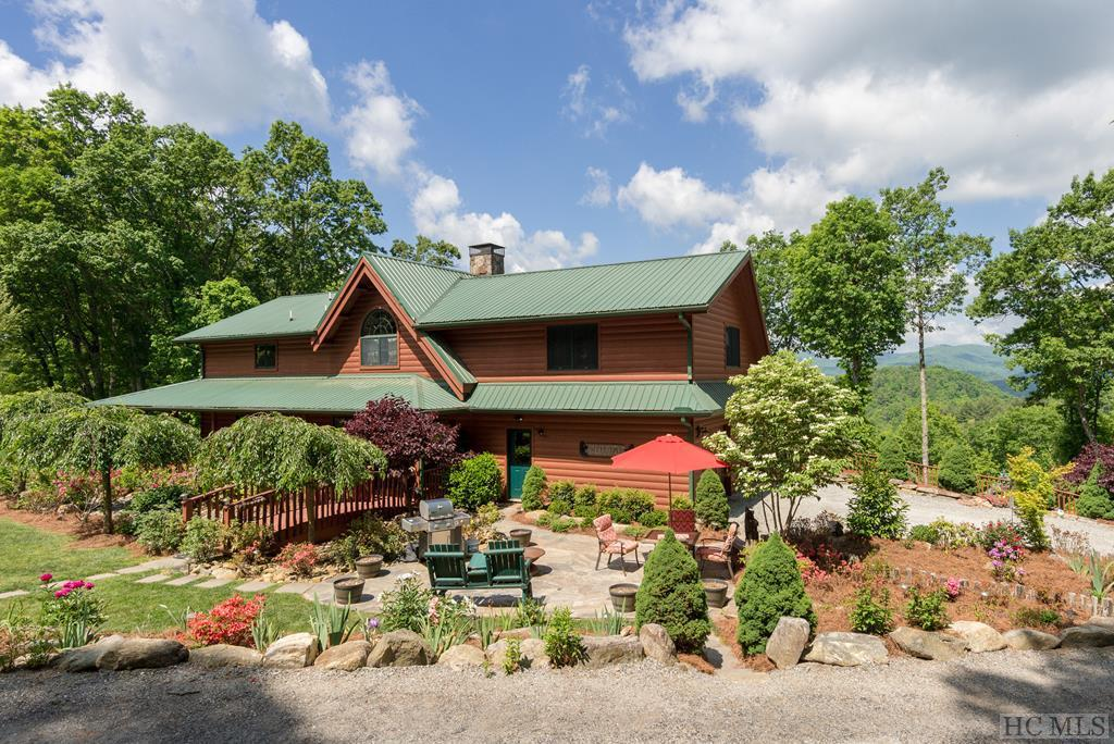 Photo of home for sale at 231 Hare Hollow Road, Glenville NC
