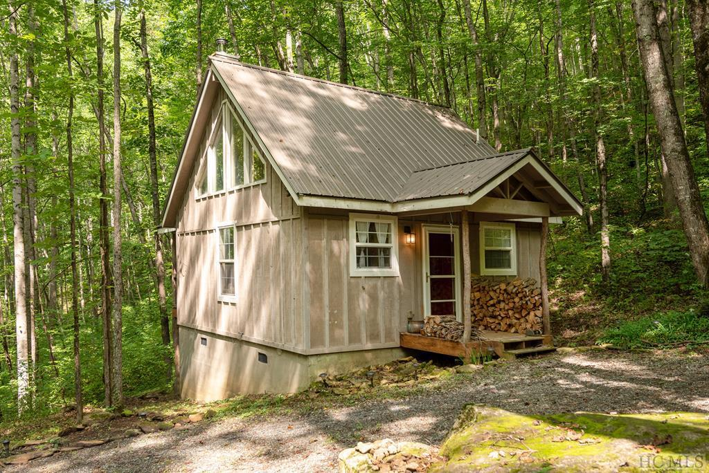 Photo of home for sale at 169 Hanging Rock Road, Glenville NC