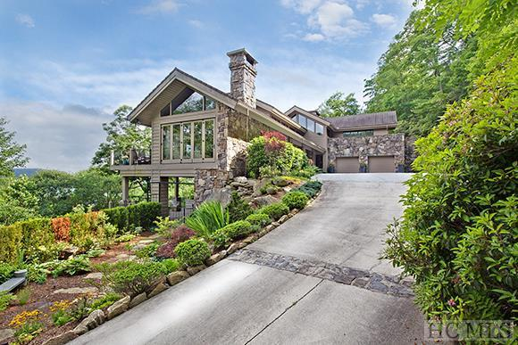 Photo of home for sale at 429 Sassafras, Cashiers NC