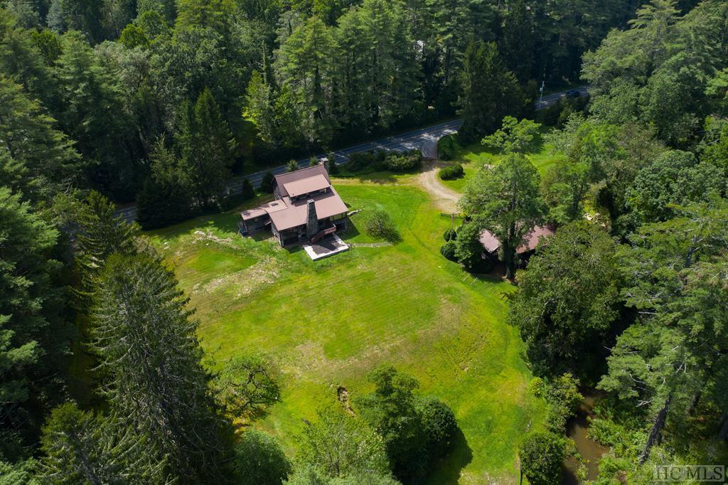 Photo of home for sale at 1855 Hwy 107S, Cashiers NC
