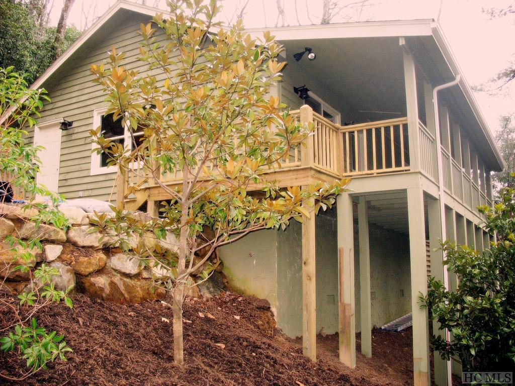 Photo of home for sale at 48 Harp Drive, Cashiers NC