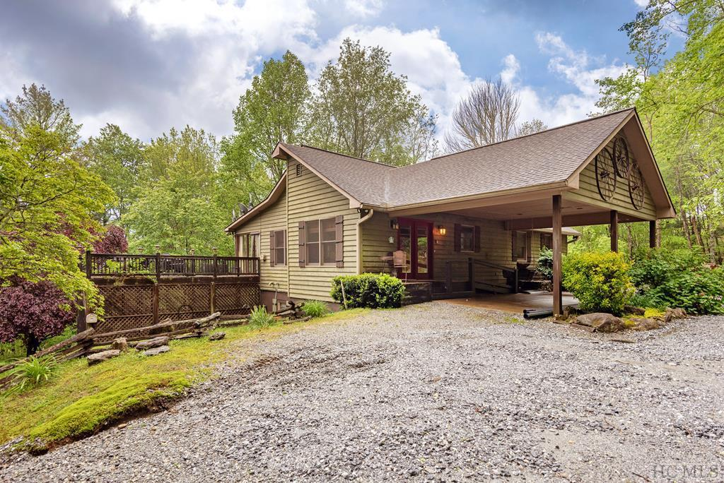 Photo of home for sale at 144 Weedwacker Way, Cullowhee NC