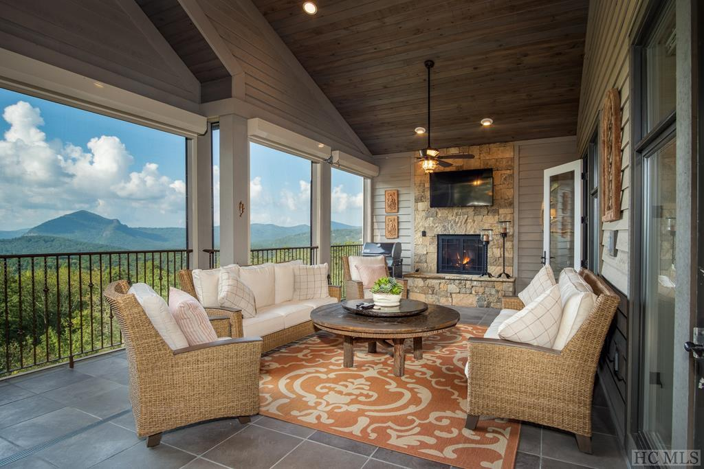 Photo of home for sale at 590 Chattooga Ridge Trail, Cashiers NC