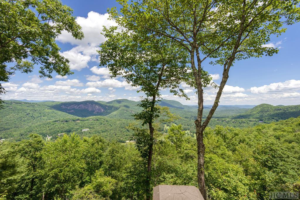 Photo of home for sale at 425 East Ridge Road, Cashiers NC