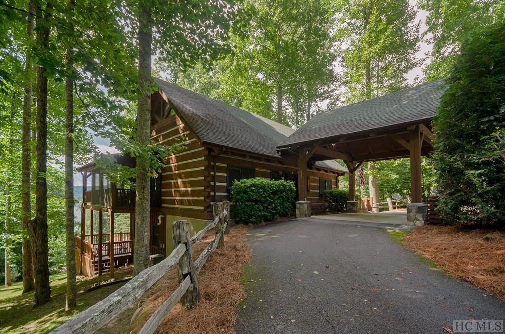 Photo of home for sale at 92 Andrews Park Road, Glenville NC