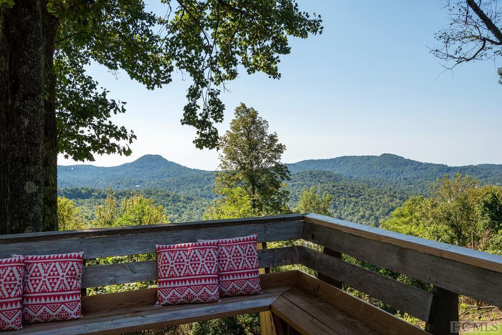 Photo of home for sale at 660 Flat Mountain Estates Road, Highlands NC