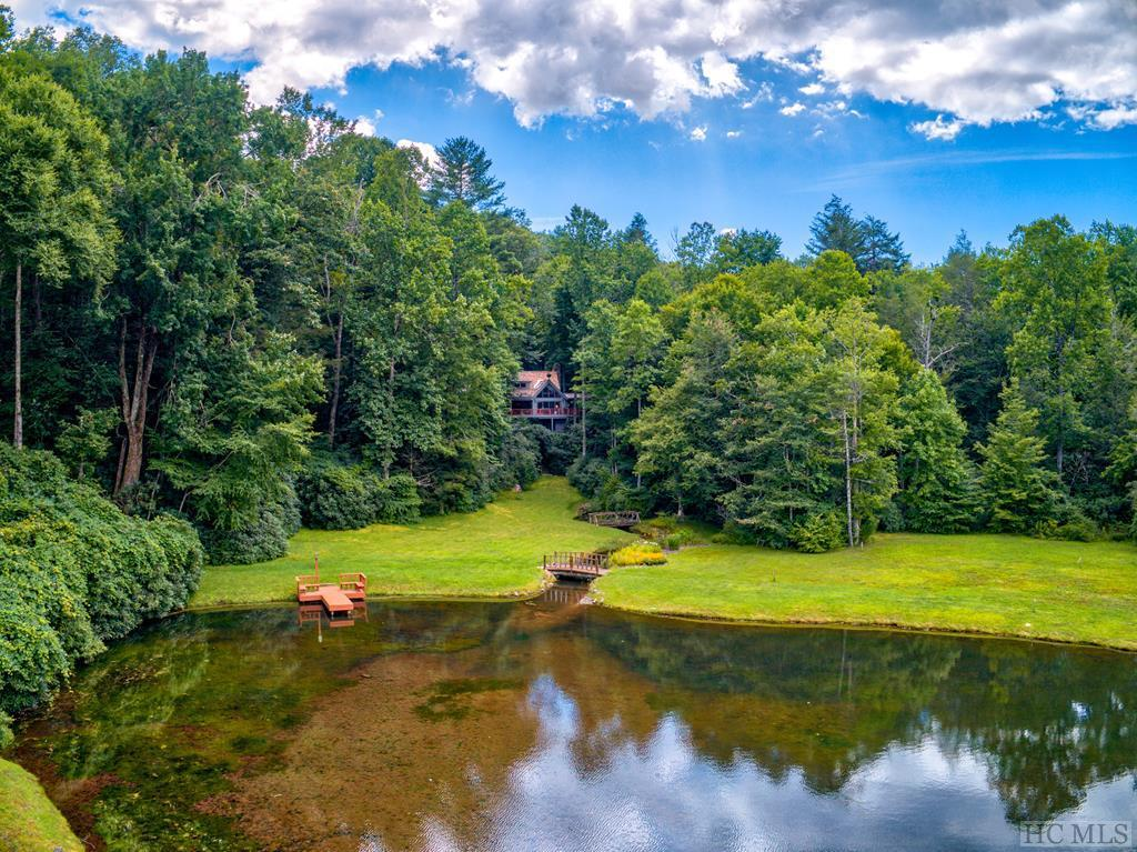 Photo of home for sale at 274 Racquet Club Drive, Cashiers NC