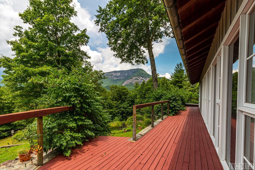 Photo of home for sale at 2259 Whiteside Cove Road, Cashiers NC