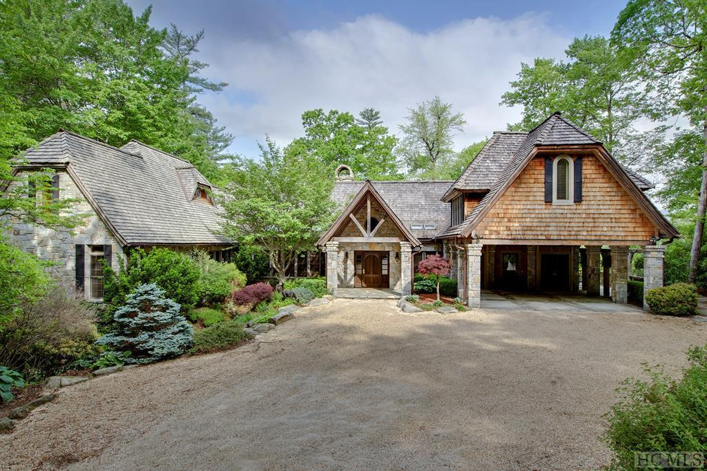Photo of home for sale at 78 Whisper Fade Road, Cashiers NC