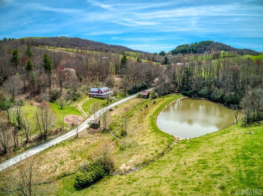 Photo of home for sale at 215 Fowler Road, Glenville NC