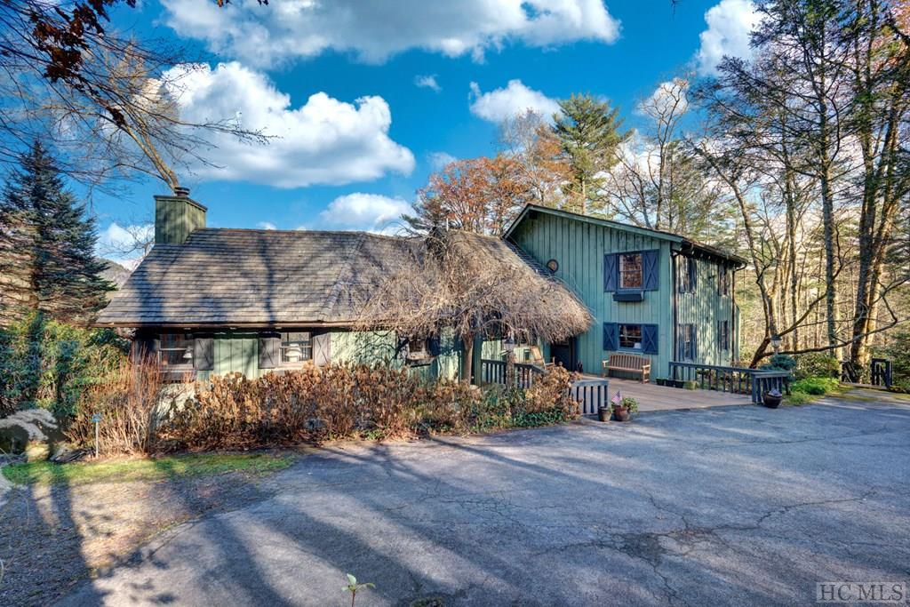 Photo of home for sale at 403 Heaton Forest Road, Cashiers NC