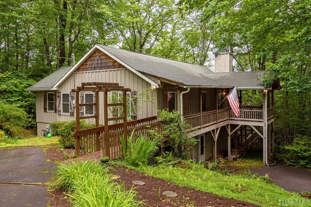 Photo of home for sale at 2592 Upper Whitewater Road, Sapphire NC