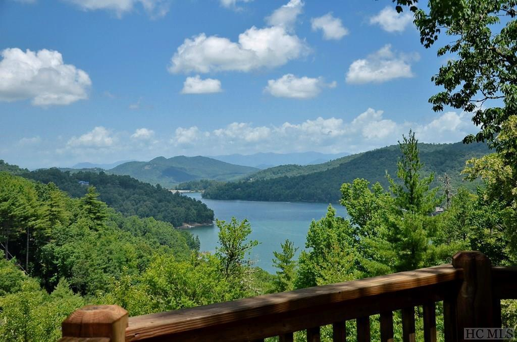 Photo of home for sale at 293 Wildberry Lane, Cullowhee NC