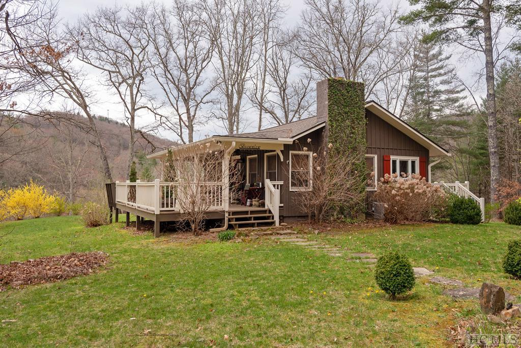 Photo of home for sale at 3463 North Norton Road, Cullowhee NC