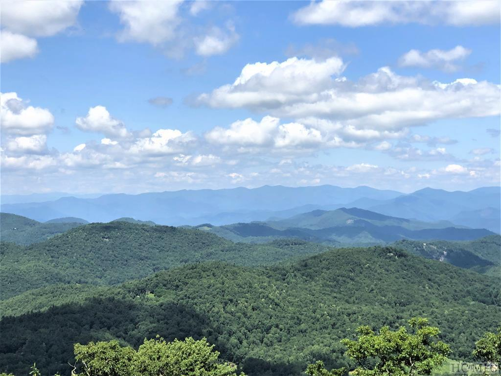 Photo of home for sale at 671 Zeb Buchanan Road, Cullowhee NC