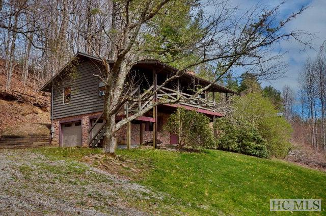 Photo of home for sale at 165 Weedwacker Way, Cullowhee NC