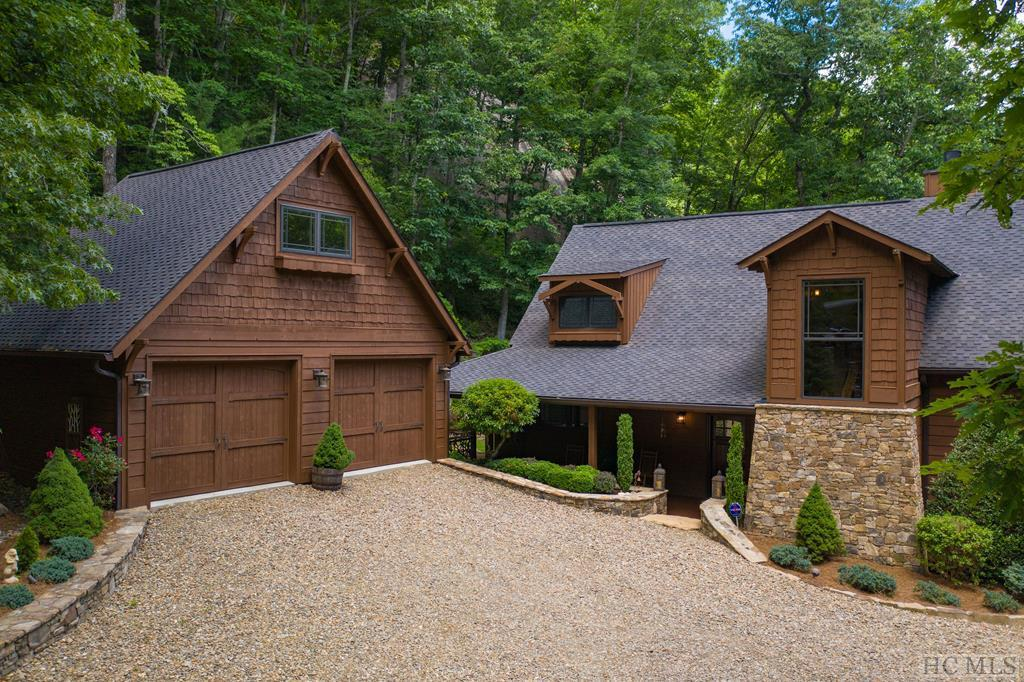 Photo of home for sale at 1454 Spring Forest Road, Sapphire NC
