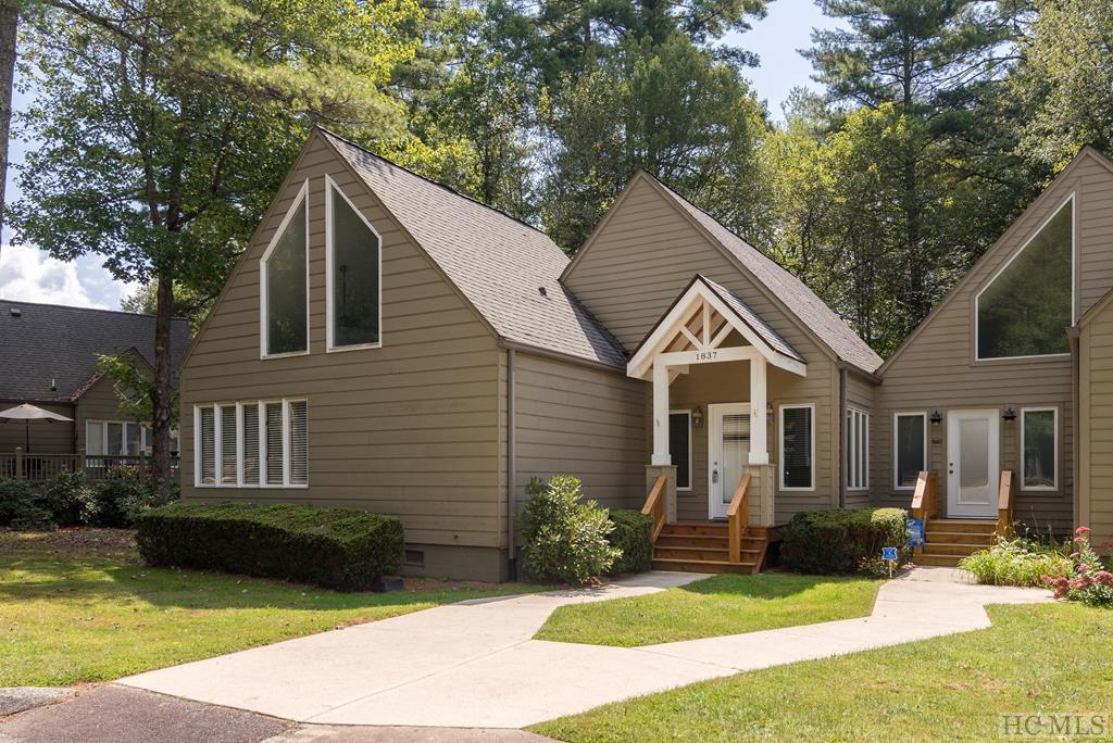 Photo of home for sale at 114-1837 River Run Road, Sapphire NC