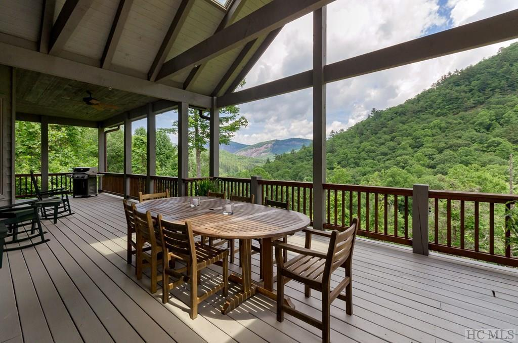 Photo of home for sale at 199 West Rochester Drive, Cashiers NC