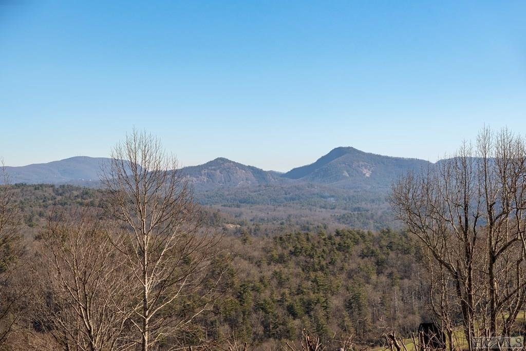 Photo of home for sale at 90 Creekwood Court, Highlands NC