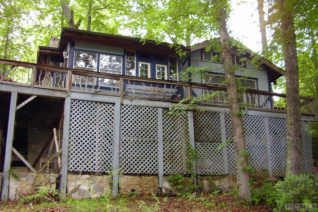 Photo of home for sale at 578 Pine Creek Road, Glenville NC