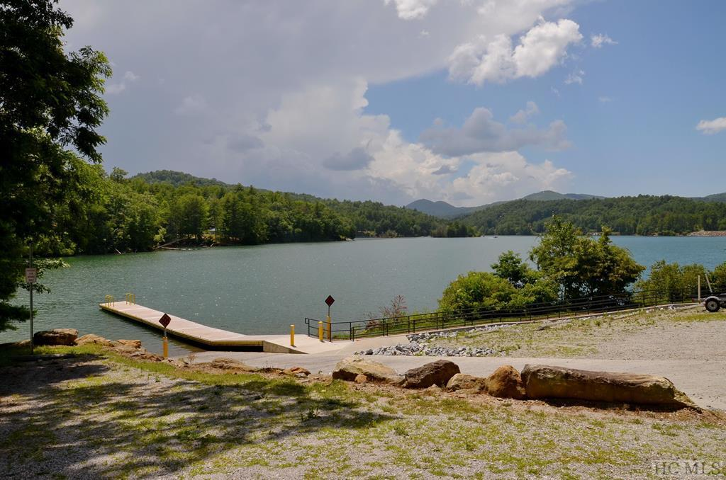 Photo of home for sale at 161 Timoshaw Trail, Cullowhee NC
