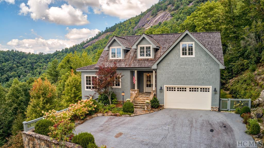 Photo of home for sale at 1693 Chimneytop Trail, Cashiers NC