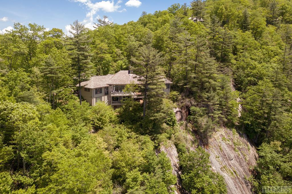 Photo of home for sale at 296 Mac's View Drive, Cashiers NC