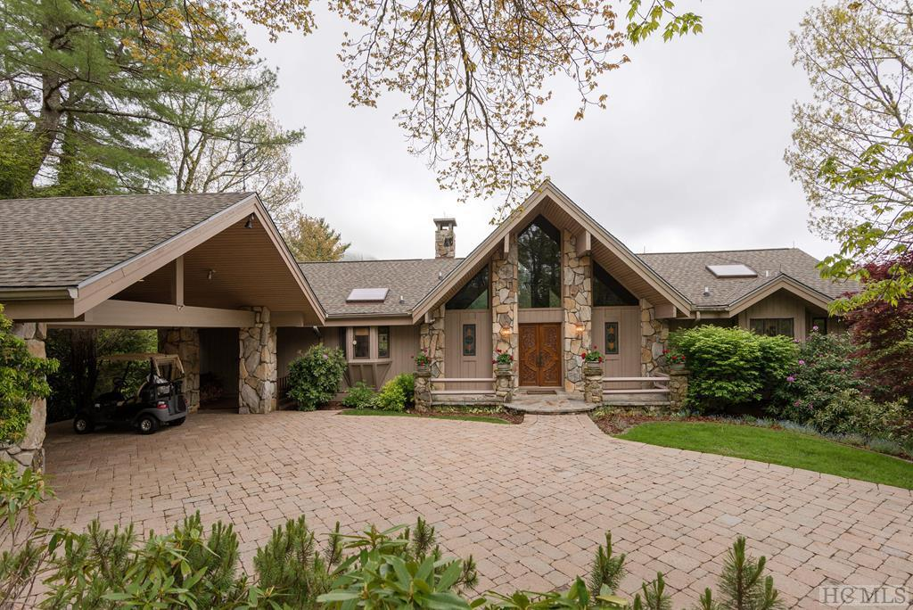 Photo of home for sale at 745 Country Club Drive, Highlands NC