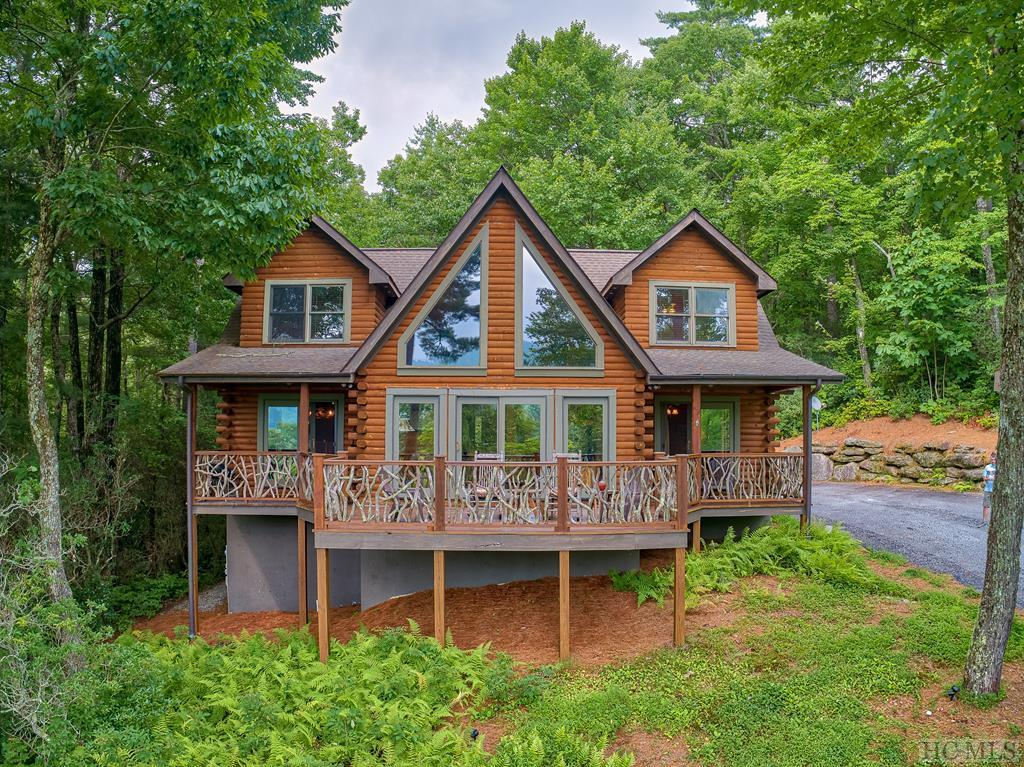 Photo of home for sale at 37 Pine Cone Court, Sapphire NC