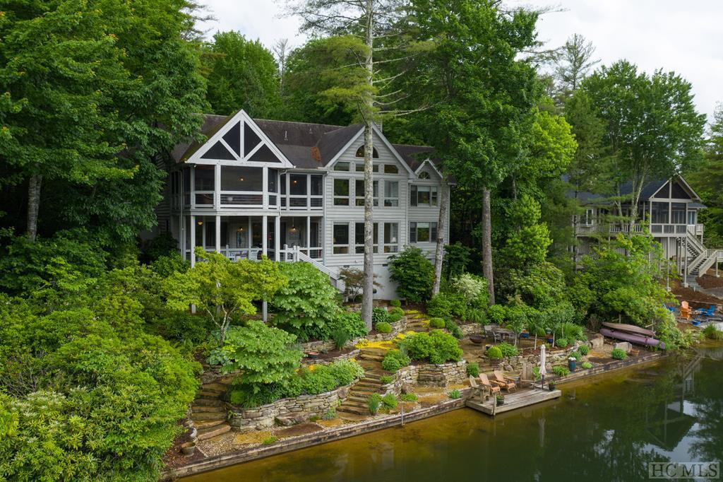 Photo of home for sale at 100 The Pinnacle, Sapphire NC