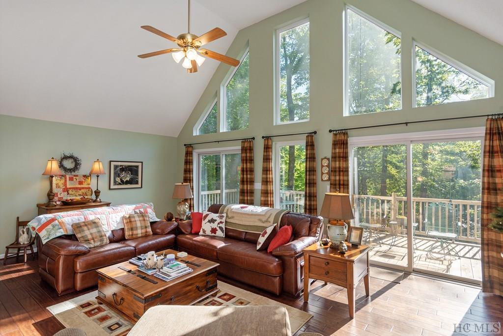 Photo of home for sale at 174 Kestrel Court, Sapphire NC